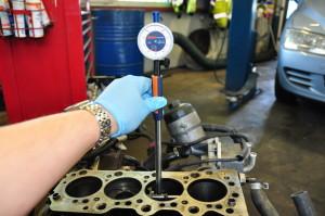 Motorschaden-Gutachten-Zylindervermessung